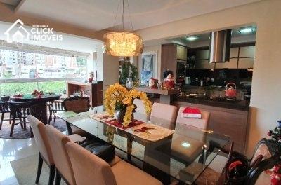 Apartamento com 133 m² mobiliado no bairro Vila Nova