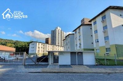 apartamento com 2 dormitórios a 2,5 Km do centro de Blumenau